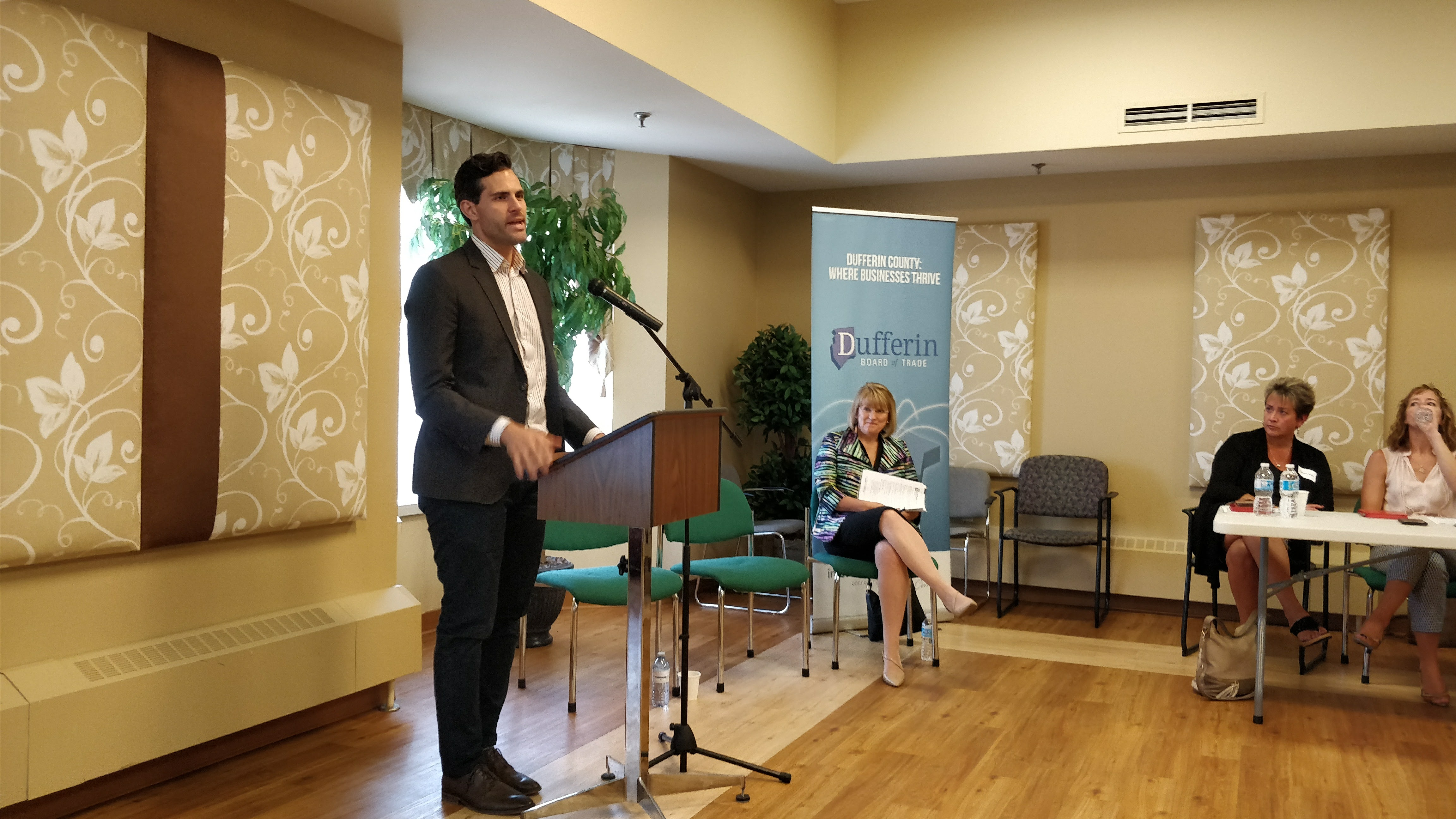 The Dufferin Board of Trade Hosts Town Hall Discussion on ...